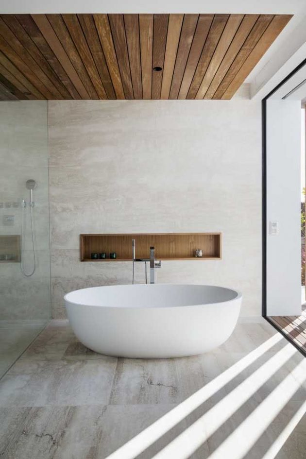 Tips on How To Get The Woody Bathroom of Your Dream