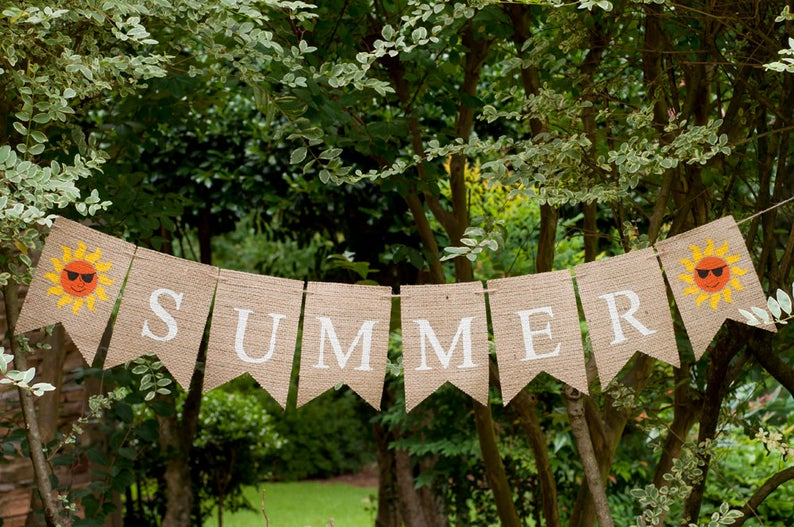 15 Refreshing Summer Banner Designs You Will Enjoy Putting Up In Your Home
