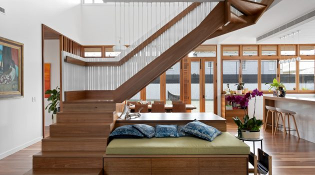 16 Awesome Coastal Staircase Designs Perfect For Your Home