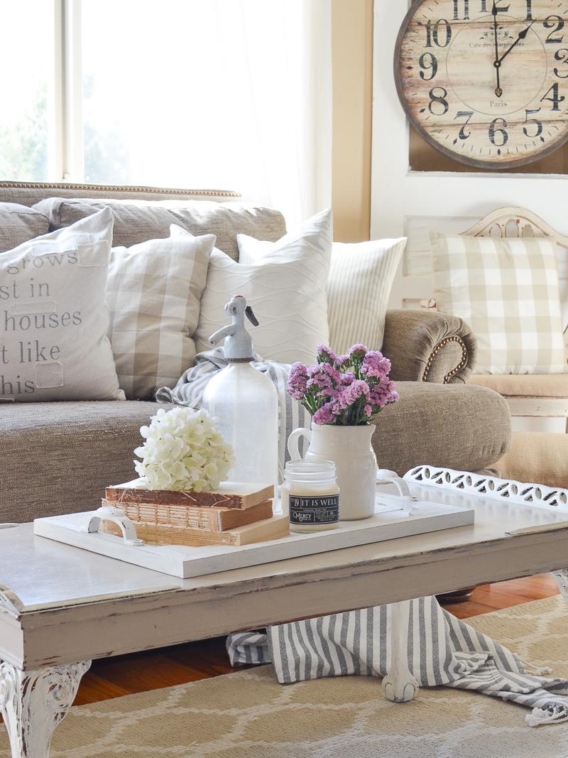 17 Stunning DIY Summer Decorations With A Farmhouse Flair