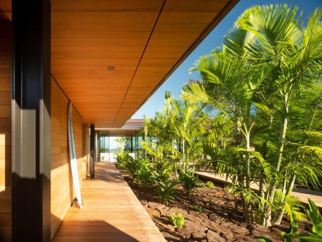 Hale Lana House by Olson Kundig in Hawaii, USA