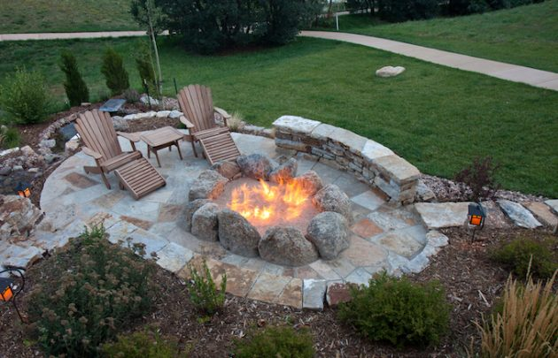 Ring in Spring: 5 Tips for Preparing Your Outdoor Space for Entertaining