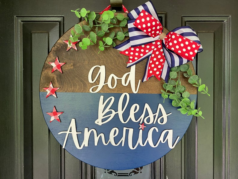 16 Awesome 4th of July Wreath Designs For The Ultimate Patriotic Décor