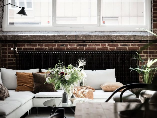 Would You Have A Red Brick Wall In Your Home?