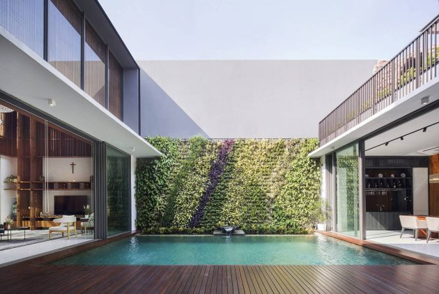 Between 2 Courtyards House by eben in Indonesia