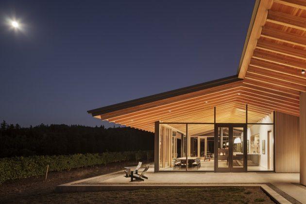 L'Angolo Estate by LEVER Architecture in Newberg, Oregon