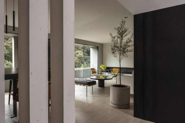T 801 Apartment by Acunsa Arquitectos in Mexico City