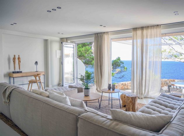 10 Rooms With Sea Views Full Of Ideas Of refreshing Decoration (Part II)
