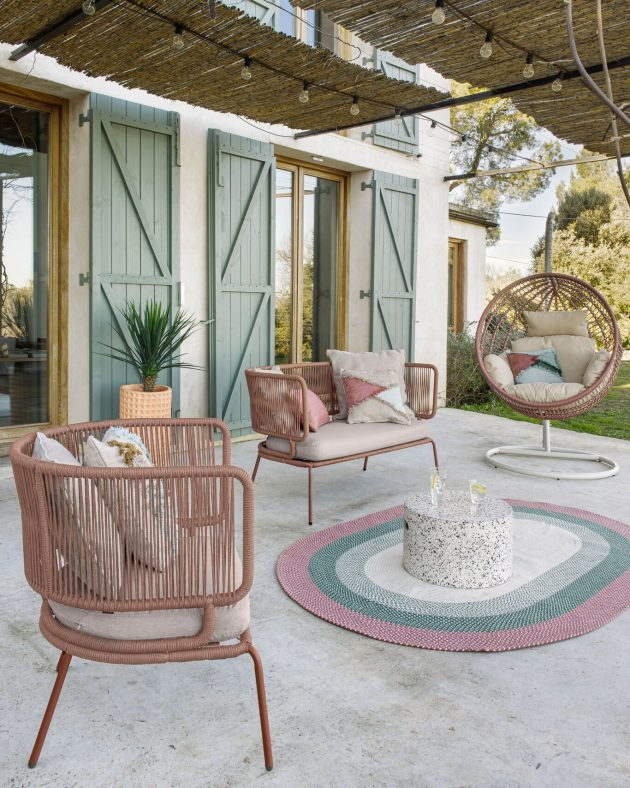 6 Top Furniture And Accessories To Turn The Terrace Into the New Living Room Of Your Home