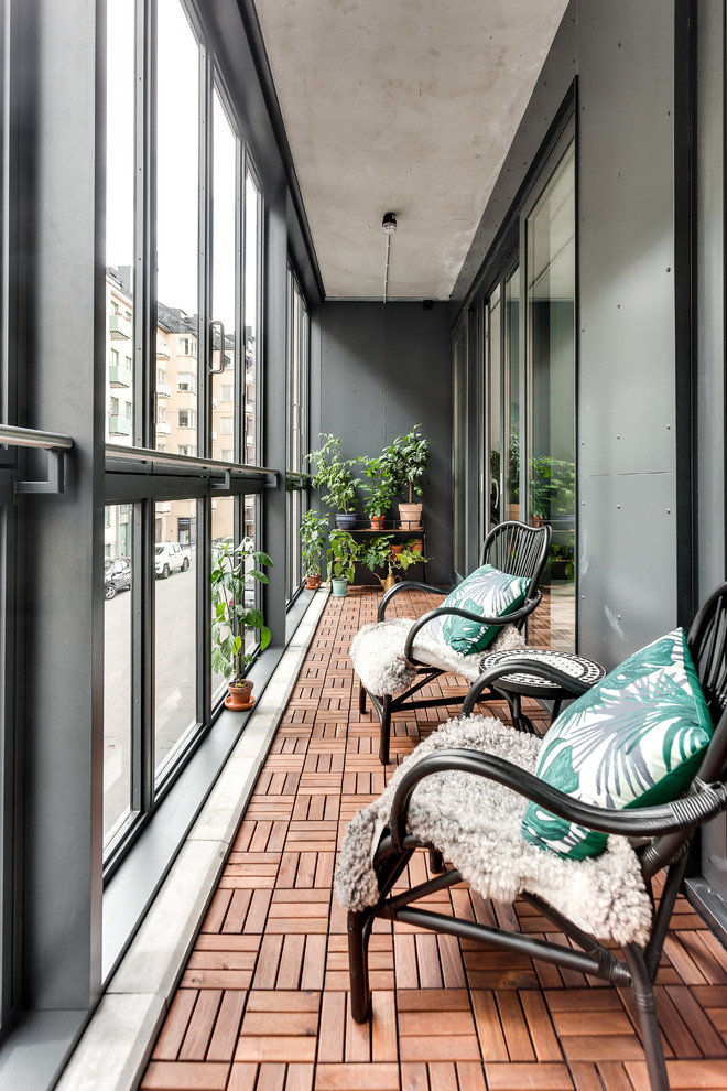 15 Striking Industrial Sunroom Designs For Every Season
