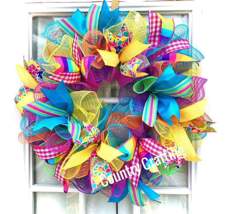 17 Vibrant Summer Wreath Designs That Will Add A Touch Of Color To Your Home