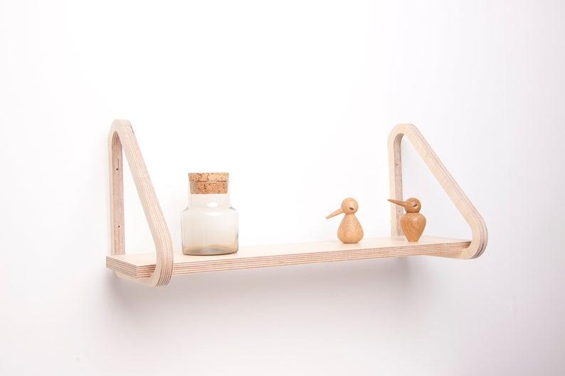 20 Sleek Modern Shelf Designs You Will Love On Your Walls