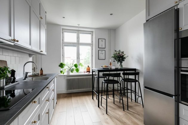 Inspirational Houses, Kitchen Renovations and Summer Atmospheres