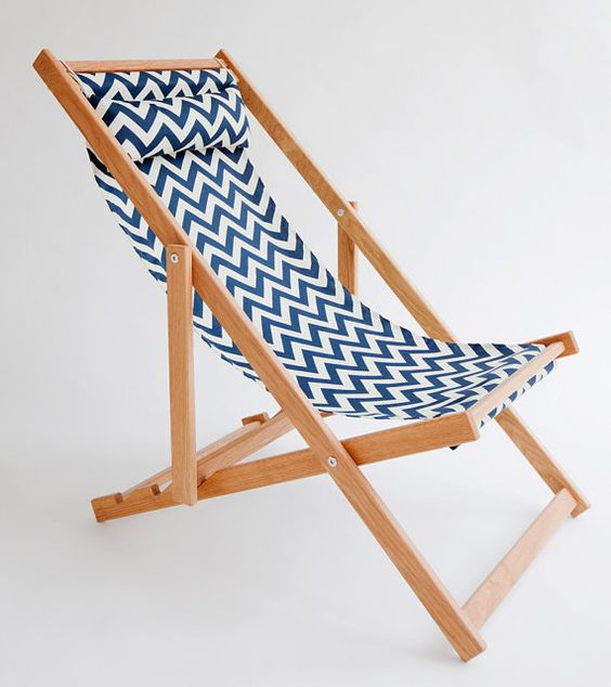 6 Printed Deck Chairs To Spice Up Your Balcony