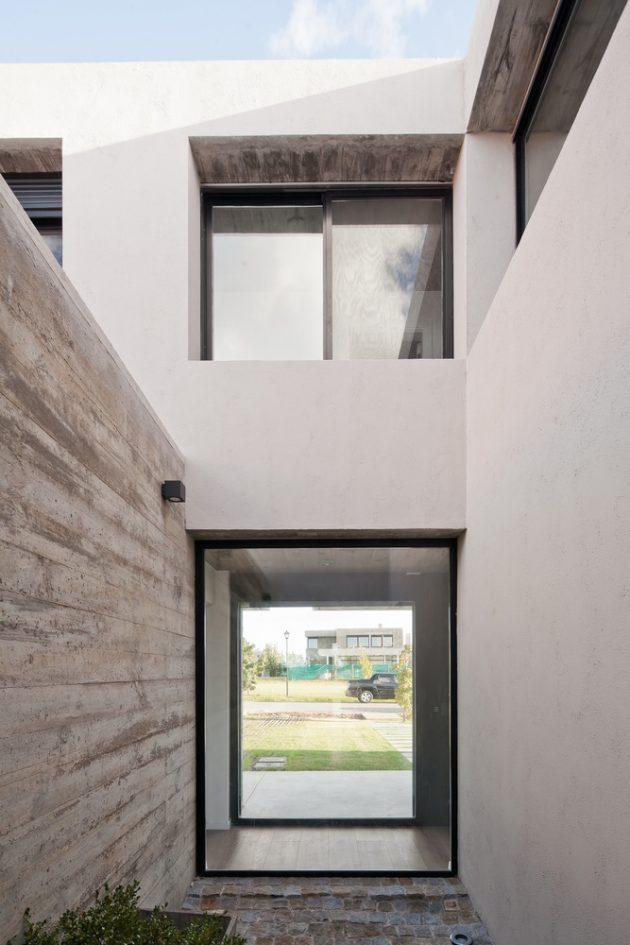 Olivos House by TATU Arquitectura in Montevideo, Uruguay