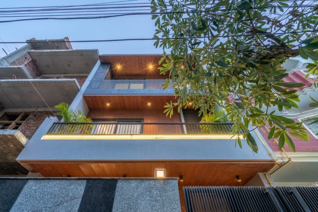 The Green House by Unbox Design in Noida, India