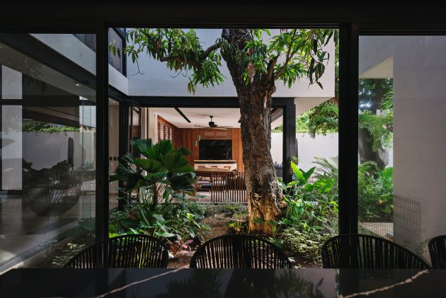Zapote House by EURK buildesign in Merida, Mexico