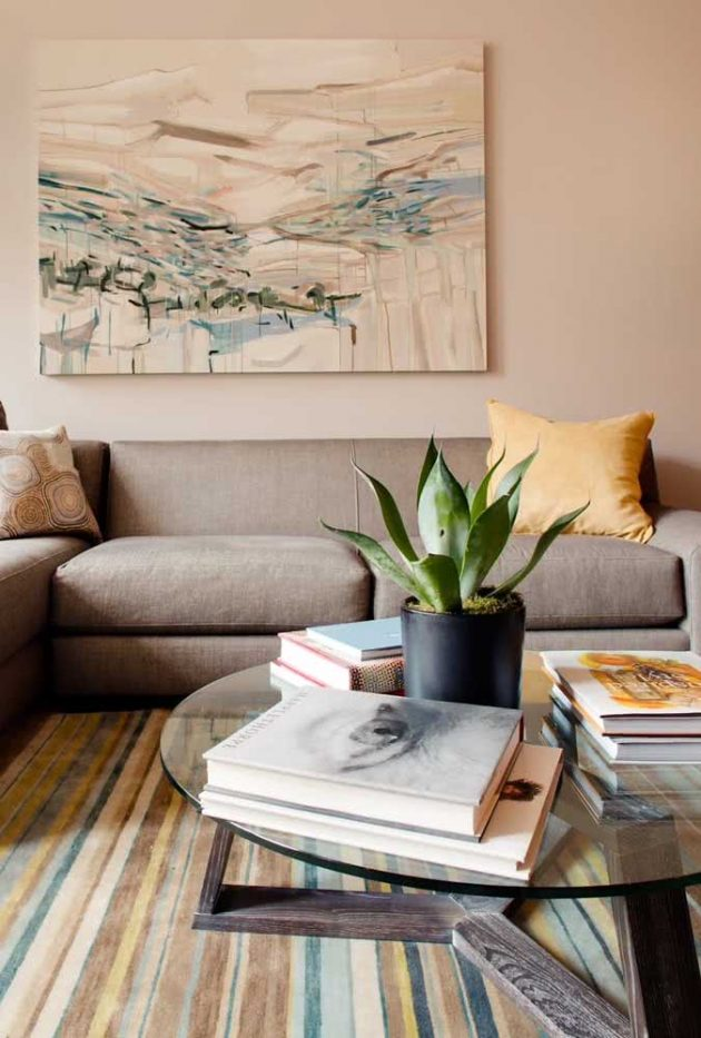 How To Nail Decorating With Books?