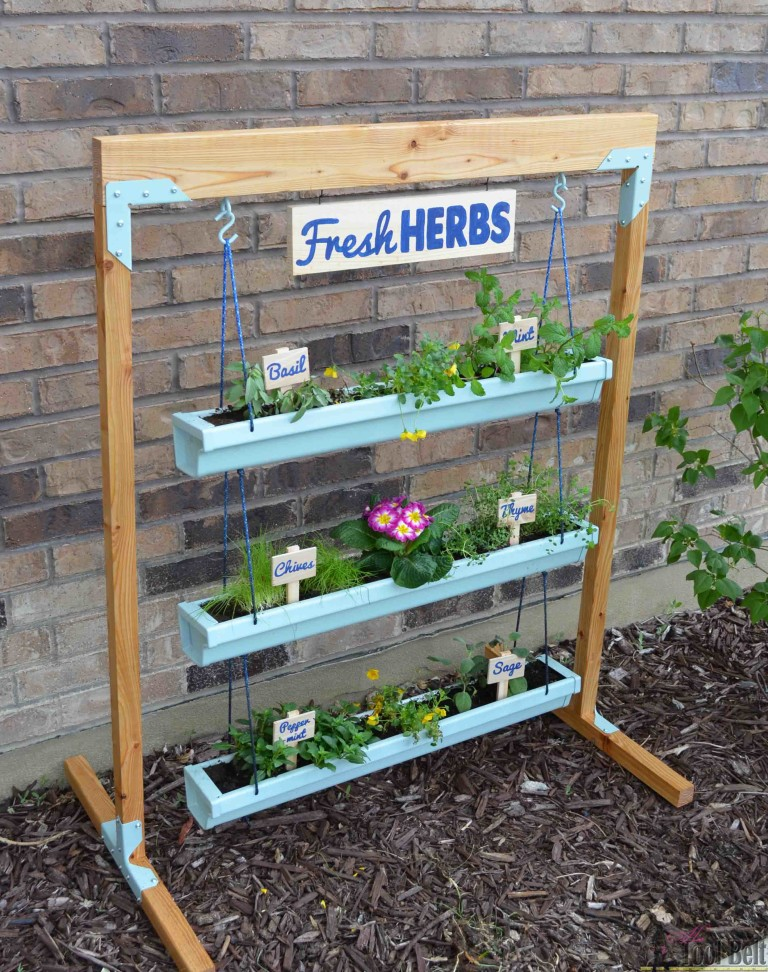 15 Awesome DIY Vertical Garden Projects For The Weekend