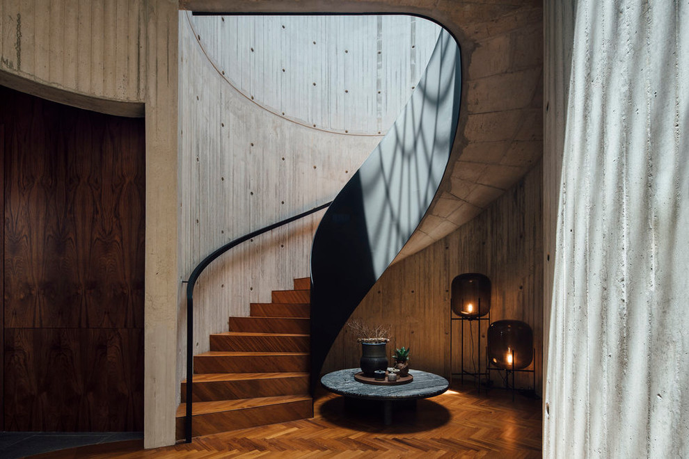 15 Stunning Industrial Staircase Designs That Will Catch Your Eye