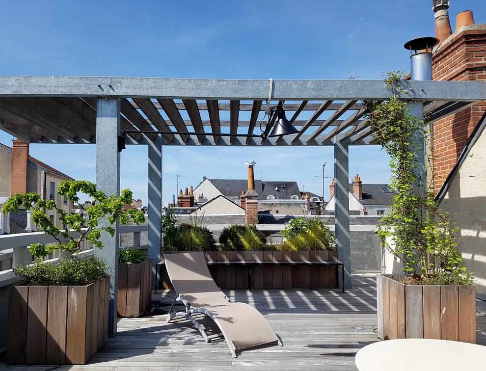 16 Spectacular Industrial Deck Designs Full Of Opportunities