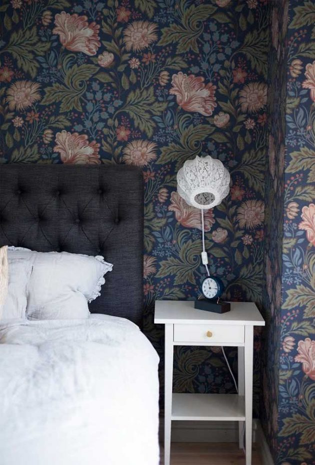 Advantages Of Using A Floeal Wallpaper In Your Home