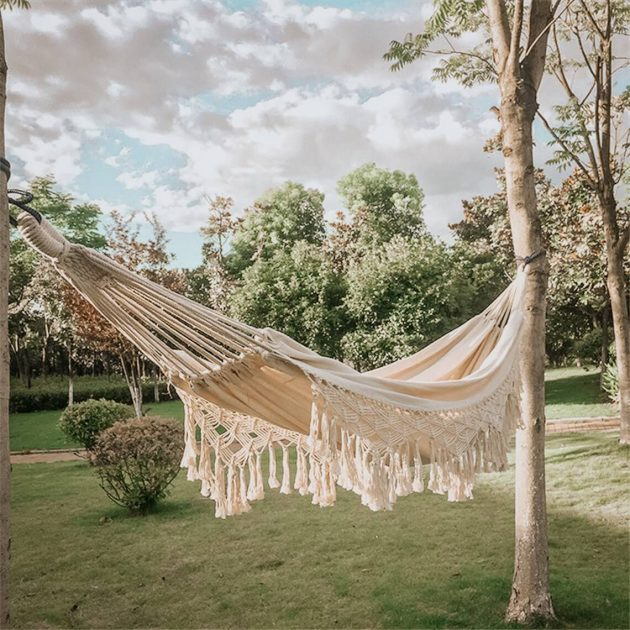 The Best Accessory For You To Relax This Summer Is The Hammock