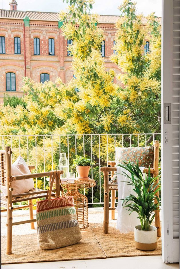 Small Terraces And Balconies That Will Catch Your Eye