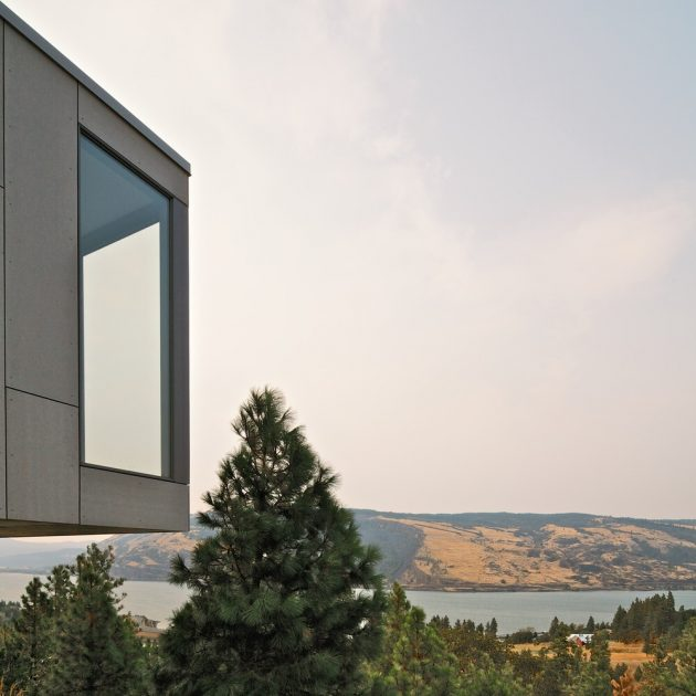 Elements Residence by William Kaven Architecture in Mosier, Oregon