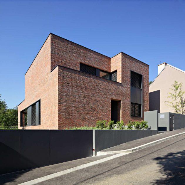 Podfuscak Residence by Dva Arhitekta in Zagreb, Croatia
