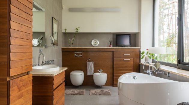 Spruce Up Your Bathroom With These Renovation Ideas