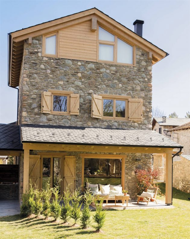 The Ultimate Mountain House With Unique Rustic Essence