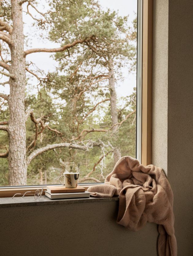 This Fall Warm Up Your Home With These Cozy Novelties