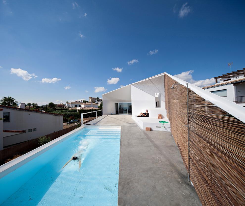 15 Amazing Industrial Swimming Pool Designs