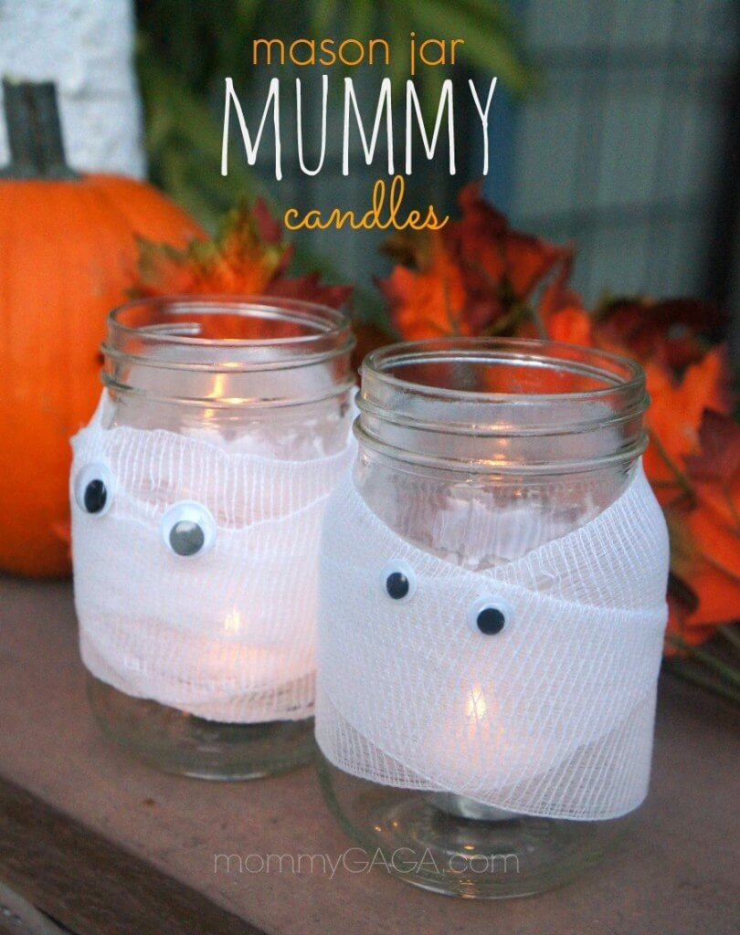 15 Super Spooky DIY Halloween Mason Jar Crafts You'll Enjoy Crafting