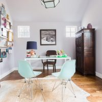 Spruce Up Your Home Office With These Decor Tips