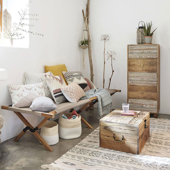 A Design Camp Bed For A Trendy Decor