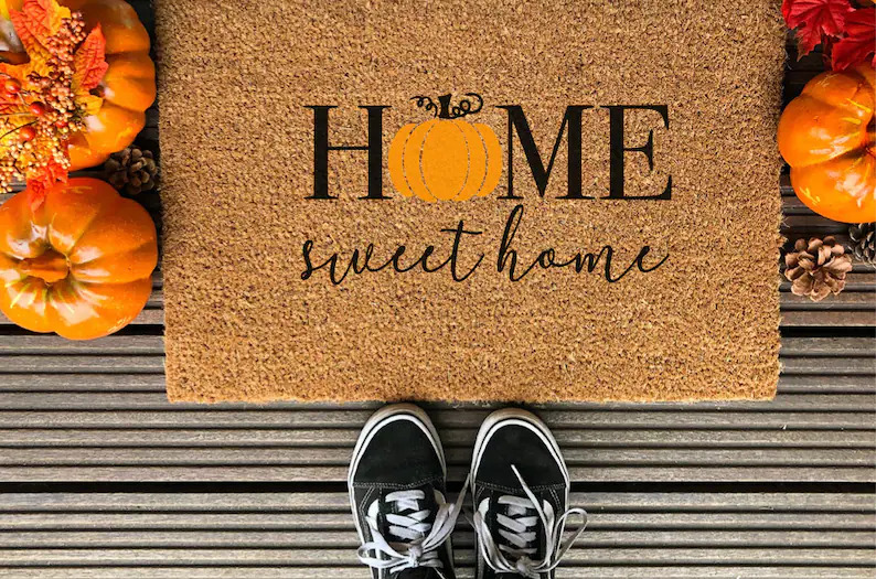 20 Charming Fall Doormat Designs That Will Welcome Everyone