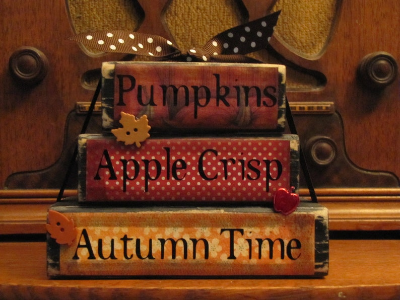 20 Whimsical Fall Sign Decorations You Must Have This Season