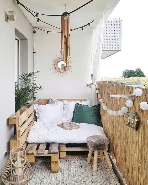 5 Tips For Arranging Your Balcony
