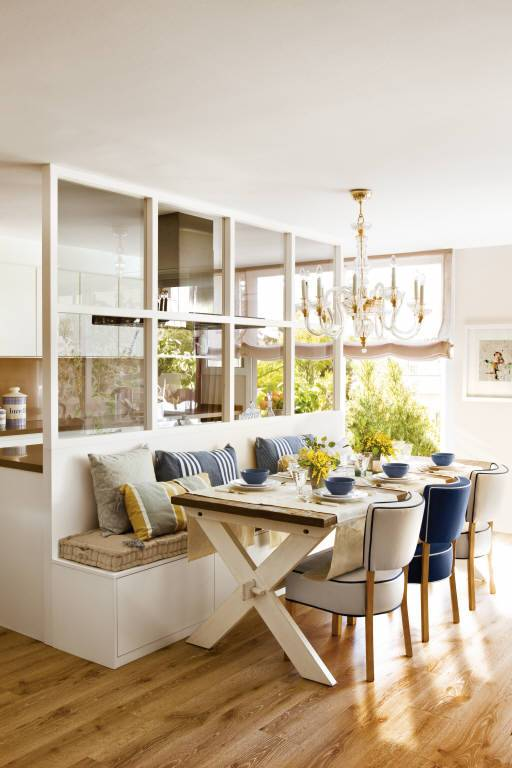 The Enclosures We Love When It Comes To Changing The Walls For Glass In The Kitchen