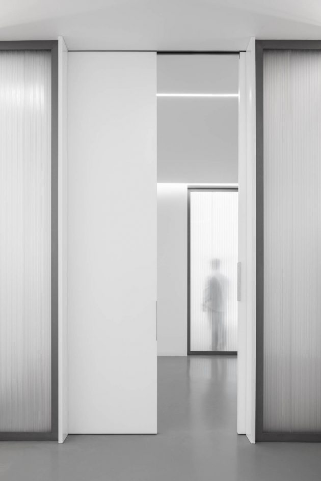 Office MA - Translucent Office Design by éOp – architecture and design in Porto