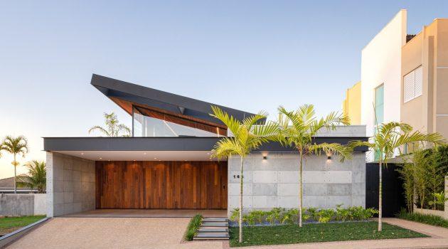 PR House by Laercio Fabiano Arquitetura in Bauru, Brazil