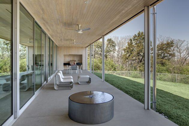 Rio Vista Residence by Buchanan Architecture in Dallas, Texas