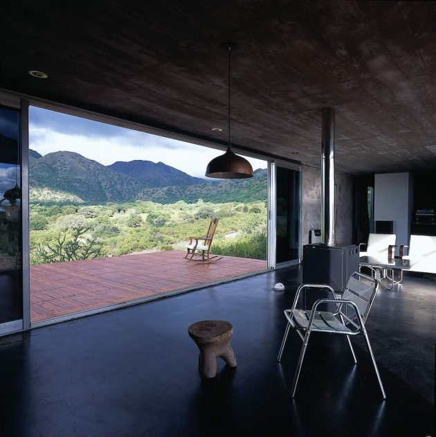 House in Capilla del Monte by Marchisio Nanzer in Argentina