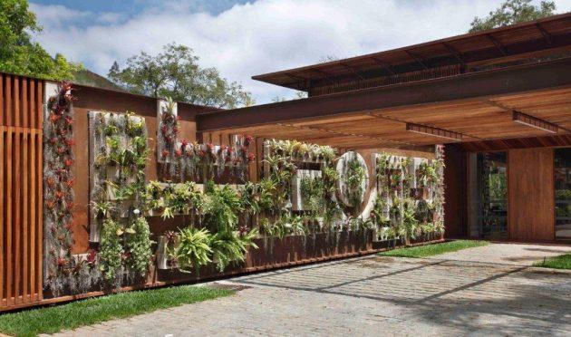 House in Itaipava by Cadas Arquitetura in Petropolis, Brazil