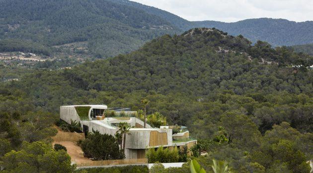 Villa Mediterraneo 01 by Metroarea Architetti Associati on the Balearic Islands